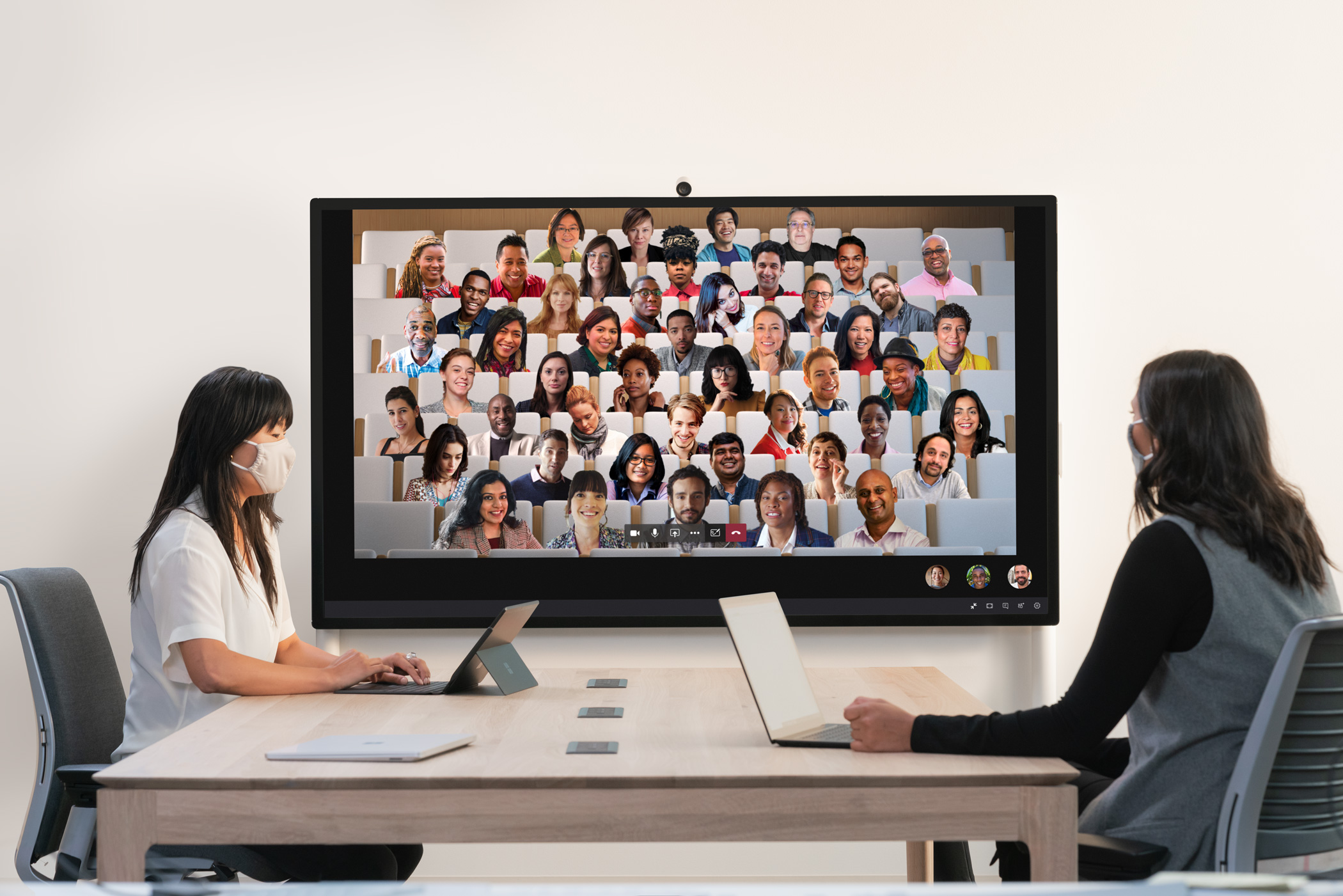 Surface-Hub-2S-with-MS-Teams (3)