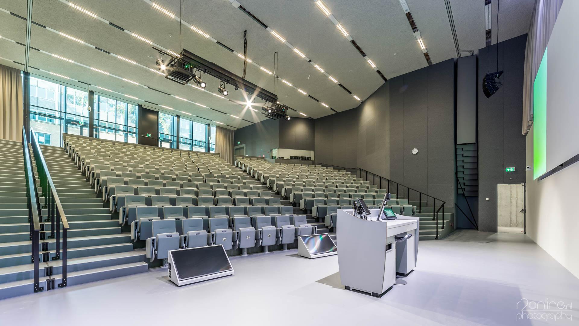 Referentie: Tilburg University